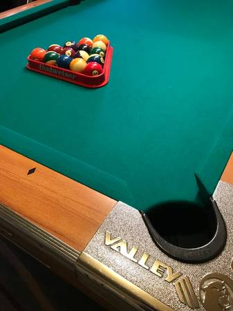 Solo 174 Tulsa Valley Pool Table With Accessories 25