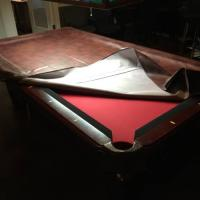 Pool table 8' in Excellent Conditions